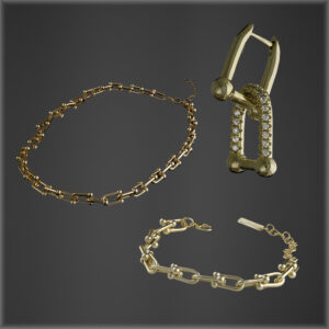 The Chain Link Bundle